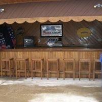 Hideout Lounge/Sportsmans Hotel