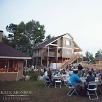 Bradley Creek Falls Lodge and Event Center