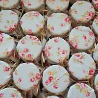 Quirky Favours