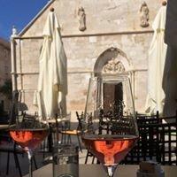 Wine & Cheese Bar Trapula