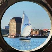 Segelyacht AHAB
