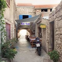 Restaurant Tic Tac Murter, Croatia