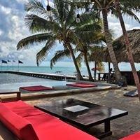 Rojo Beach Bar & Lounge