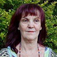 Delia Spry - Clairvoyant