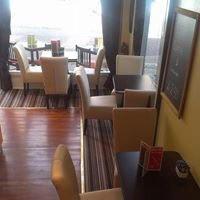 Jaki's Cafe