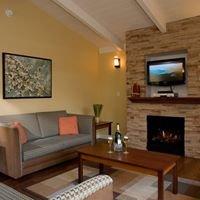 Red Cottage Inn & Suites