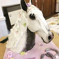 Paula's Crafty Cakes