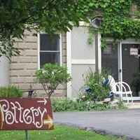 Carriage House Gallery, Pottery, Art & Gifts