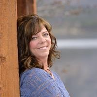 Adriane Hauck: Small Town, Grand Living - Re/Max Peak to Peak