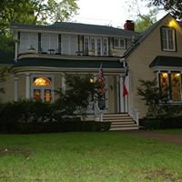 Woldert-Spence Manor Bed & Breakfast