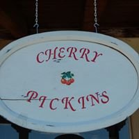 Cherry Pickins' Vintage Finds