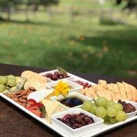 Bunnyconnellen Olive Grove & Vineyard
