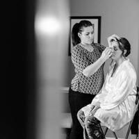 Annie Radigan: Hair & Makeup Artistry