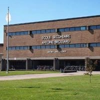 École secondaire Antoine-Brossard