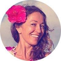 Maui Yoga with Nadia Toraman