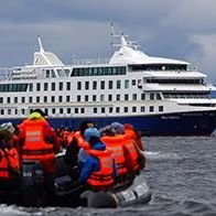 Crucero Australis y Antártida