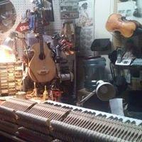 KNAPP'S MUSIC CENTER