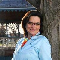 Rose-Anne Theriault,  Registered Insurance Broker