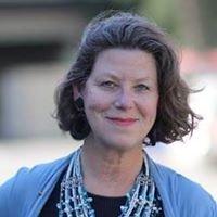 Linda Cassee Realtor - Sterling Johnston Real Estate