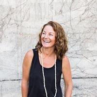 Tina Arthur - Travel Designer