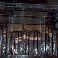 David's Backyard Beer And Cigar Lounge