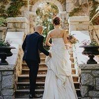 English Inn Hotel and Wedding Venue