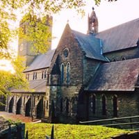 St. Peters Church, Pentre