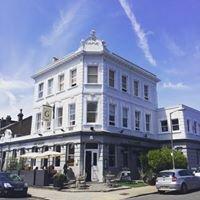 The Grove Pub