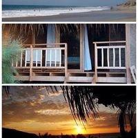 MARCILIA Beach Bungalows-Vichayito
