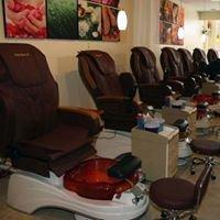 Lucky Nails Salon