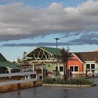 The Oak Hill Market, Lake Nacimiento