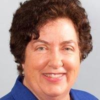 Cynthia Armstrong, Realtor