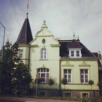 Partyhouse