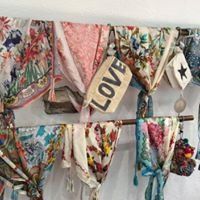 Blabla Saint Tropez mode femme vêtements et accessoires
