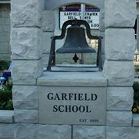 """Garfield Elementary School """"Home of the Hounddogs"""" PTO"""