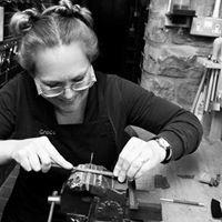 Grace Horne - knife & scissor maker