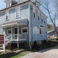 Rockwood Trail House Bed & Breakfast &  Bike Shop