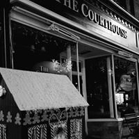 Courthouse Bar and Grille