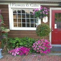 Topiary Fine Flowers and Gifts