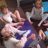 Happy Tree Yoga for Kids