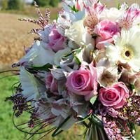 Trends & Traditions Floral and Gifts