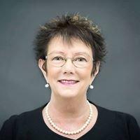 Maureen Thorpe Celebrant