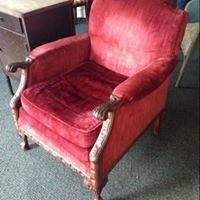 Brady Wells Antiques and Estate Sales