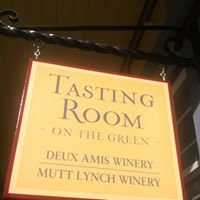 Deux Amis Tasting Room on the Green