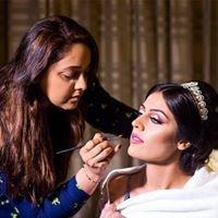 MIRA's - Henna and Makeup Artist