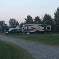 AA Royal Motel & Campgrounds