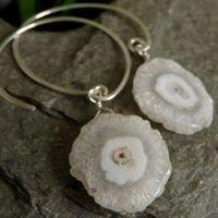 Dangle Design Handcrafted Jewelry