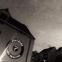Juxtabar