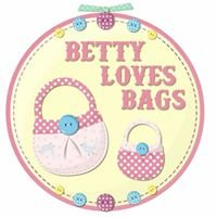 Betty Loves Bags
