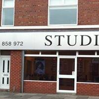 Studio 4 unisex hair salon